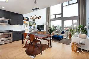 MLS # 40821309 : 311 OAK ST. UNIT 505