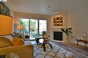 More Details about MLS # 40822142 : 389 BELMONT ST #105