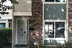 MLS # 40825047 : 1273 DETROIT AVE UNIT D