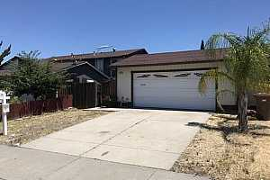 More Details about MLS # 40827045 : 2119 DOGWOOD WAY