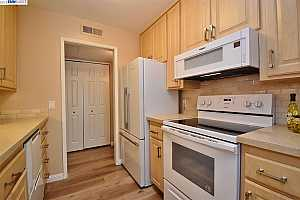 MLS # 40827242 : 420 CIVIC DR UNIT 309