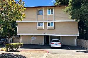More Details about MLS # 40831871 : 738 KINO CT #1