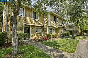 MLS # 40832879 : 711 CENTER AVENUE
