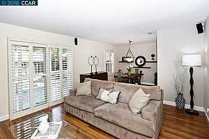 MLS # 40833371 : 164 HOLIDAY HILLS DR.