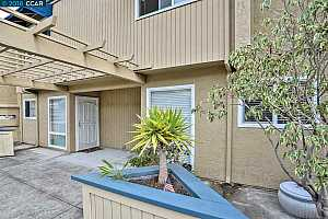More Details about MLS # 40841011 : 1017 IMPERIAL PL