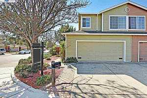 MLS # 40841757 : 2002 CONTINENTAL AVE