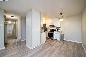 MLS # 40842366 : 38455 BRONSON ST UNIT 122