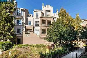 MLS # 40844083 : 260 CALDECOTT LN UNIT 106