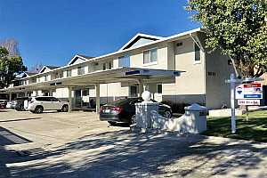MLS # 40847624 : 20153 FOREST AVE UNIT 4