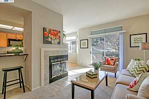 MLS # 40850835 : 8020 MOUNTAIN VIEW DR UNIT A