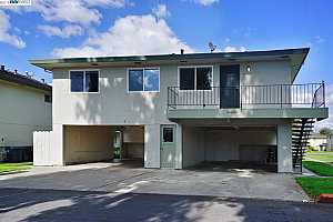 More Details about MLS # 40855034 : 34843 STARLING DR #4