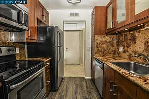 MLS # 40860888 : 430 CIVIC DR UNIT 503