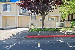 MLS # 40866637 : 1003 DEVONWOOD