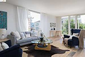 More Details about MLS # 40870187 : 811 YORK ST #201