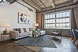 More Details about MLS # 40870200 : 201 4TH ST #503