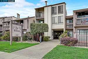 MLS # 40877574 : 2101 SHORELINE DR UNIT 418