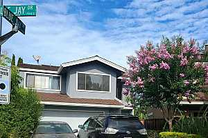 More Details about MLS # 40880009 : 604 BLUE JAY DR