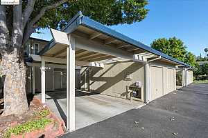 MLS # 40881826 : 464 HOLIDAY HILLS DR