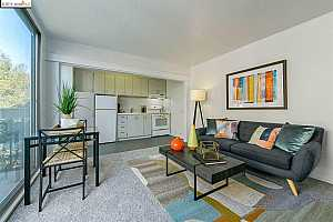 MLS # 40882220 : 758 KINGSTON AVE UNIT 309