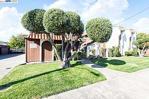 More Details about MLS # 40889302 : 14735 HAROLD AVE