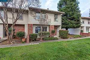 More Details about MLS # 40892032 : 1815 WILDBROOK CT. #E