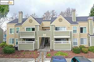 MLS # 40892451 : 140 REFLECTIONS DR #28