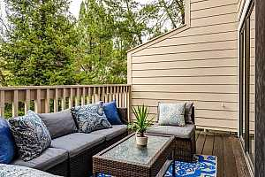 More Details about MLS # 40892680 : 484 WOODMINSTER DR