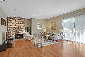 MLS # 40897697 : 8721 MOUNTAIN BLVD #22