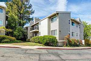 More Details about MLS # 40898289 : 1089 WESLEY CT #5