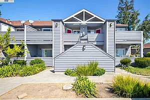 More Details about MLS # 40910577 : 148 ANDERLY CT #6