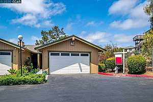 More Details about MLS # 40911391 : 20111 W RIDGE CT #1