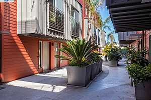MLS # 40916484 : 414 40TH ST #203