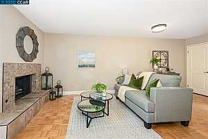 More Details about MLS # 40923508 : 2426 PLEASANT HILL ROAD ##1