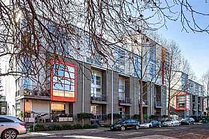 More Details about MLS # 40933188 : 1007 41ST ST #431