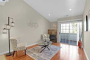 More Details about MLS # 40934058 : 22537 CENTER STREET ##207