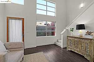 More Details about MLS # 40935239 : 2843 7TH ST