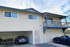 MLS # 40935542 : 1206 LEMONTREE CT #4