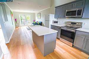 More Details about MLS # 40937730 : 3839 VINEYARD AVE #E