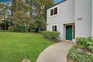 More Details about MLS # 40938976 : 430 OLD ORCHARD CT