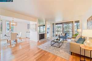 More Details about MLS # 40940301 : 670 VERNON ST #202