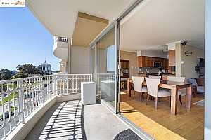 More Details about MLS # 40943820 : 1555 LAKESIDE DR #94