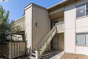 More Details about MLS # 40943979 : 4092 ABBEY TER #228