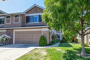 More Details about MLS # 40948353 : 44 RAINBOW CIR