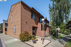 More Details about MLS # 40948496 : 26564 SUNVALE CT