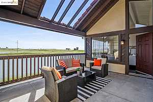 More Details about MLS # 40950166 : 2500 OUTRIGGER DR #216
