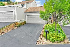 More Details about MLS # 40950850 : 6448 VIEWPOINT CT