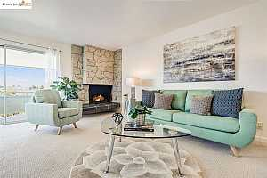 More Details about MLS # 40953332 : 339 BROADWAY #306