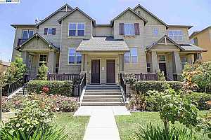 More Details about MLS # 40953925 : 43229 UMBRIA TER