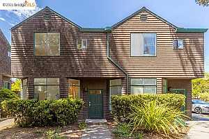 More Details about MLS # 40954367 : 2012 HEARST AVE #A