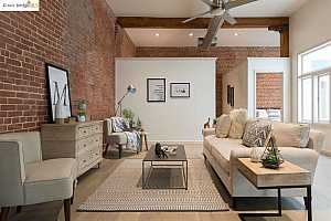 More Details about MLS # 40955322 : 1411 CENTER ST #2